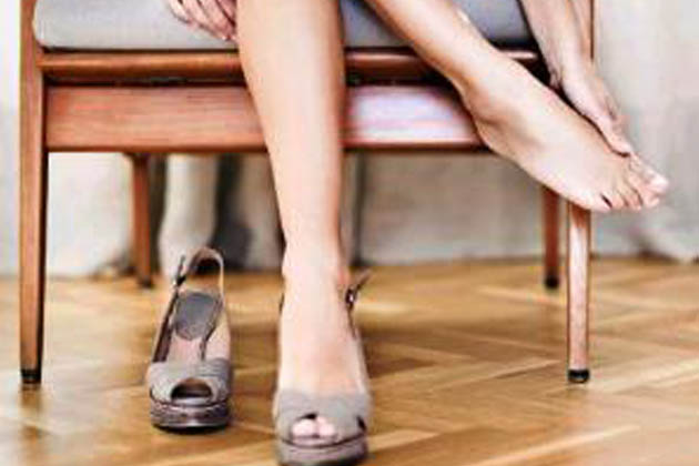 bőrcipők nem egyforma lábra és cipőtágítás
